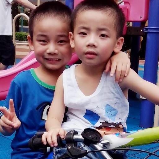 May Tsang Photo 9