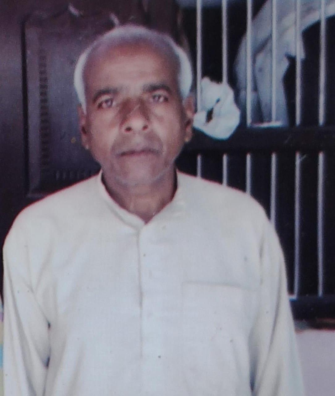 मधेपुरा:समाजसेवी गरीबों के लिए भगवान कहें जाने वाले मिथिलेश झा पत्रकार के ससुर श्री हीरा झा का निधन पर शोक सम्वेदना व्यक्त किया गया