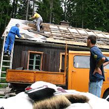 Delovna akcija - Streha, Črni dol 2006 - streha%2B063.jpg