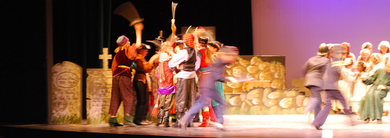 2012PiratesofPenzance - DSC_5940.JPG
