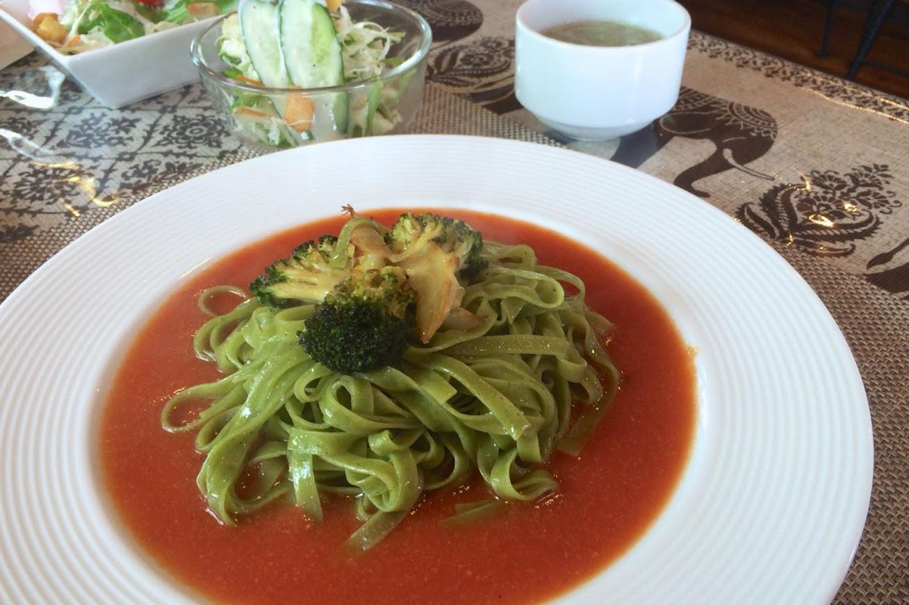 緑のナポリタン@キッチンハウス小島