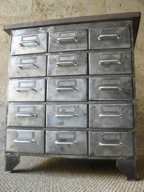 Meuble flambo 15 tiroirs mai for Meuble bureau 15 tiroirs