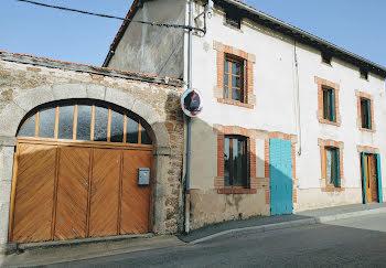 maison à Essertines-en-Donzy (42)