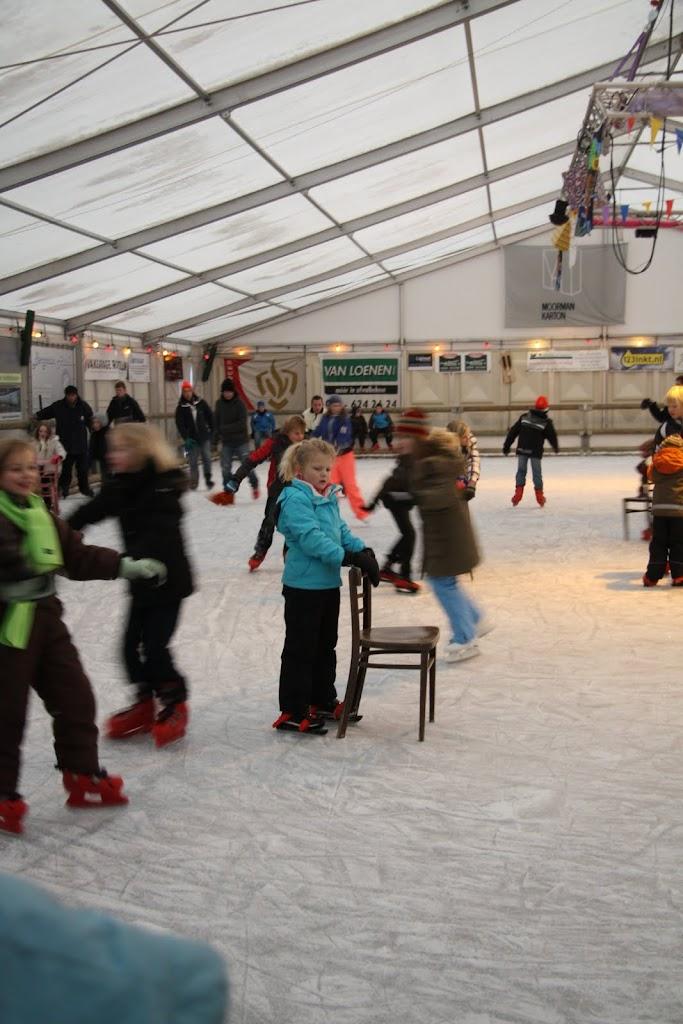 Sinterklaas bij de schaatsbaan - IMG_0402.JPG