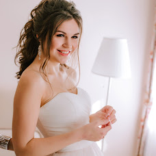 Wedding photographer Indira Schurova (IndiraFR). Photo of 15.03.2018