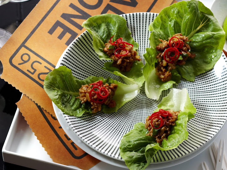 Spicy Asian Lettuce Snacks with Chicken Recipe