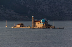 The church 'Our Lady of the Rocks' in the middle of the bay.