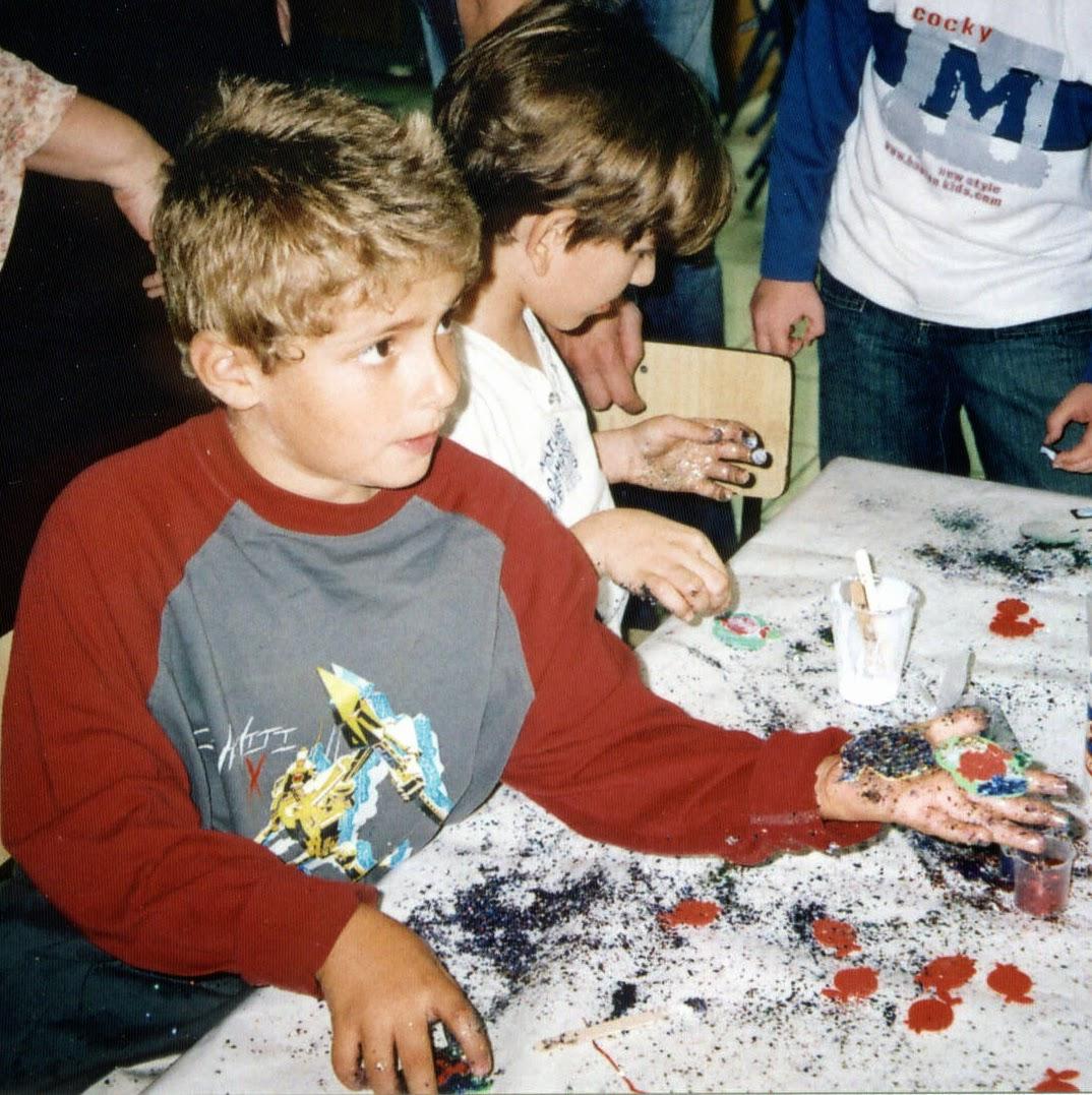 Hanukkah 2004  - 2005-11-03 15.09.40.jpg