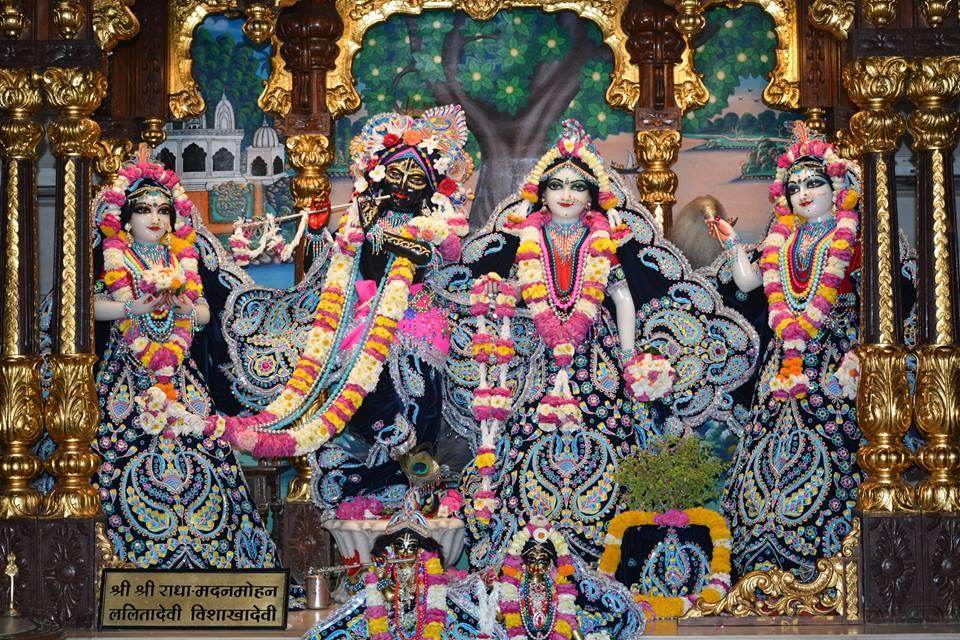 ISKCON Ujjain Deity Darshan 05 April 2016  (6)