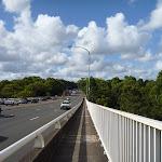 Crossing De Burghs Bridge (397130)