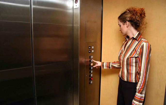 Những lưu ý khi sử dụng thang máy mistubisi