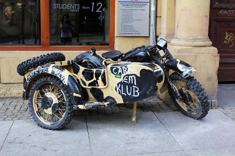 Moto en las calles de Wrocław