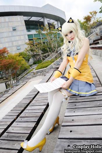 vocaloid 3 cosplay - seeu