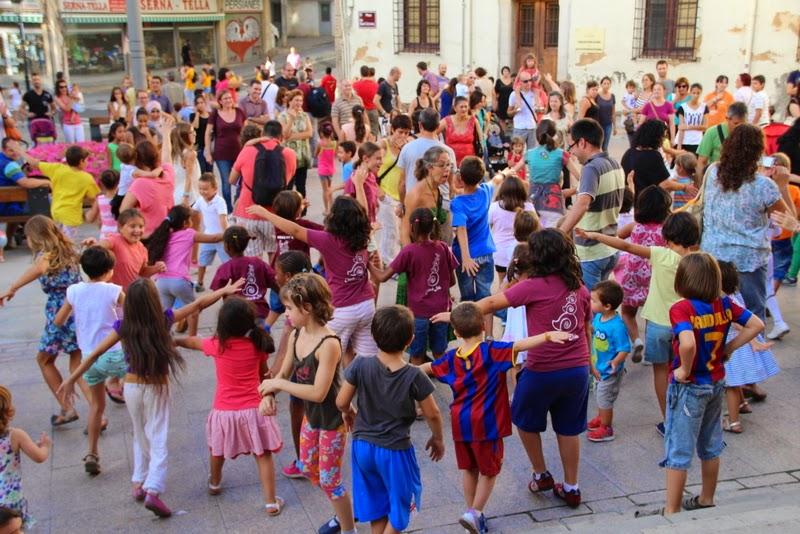 Festa infantil i taller balls tradicionals a Sant Llorenç  20-09-14 - IMG_4285.jpg