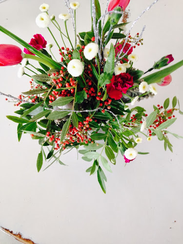 Christmas centerpiece tutorial