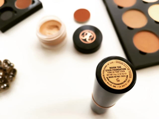 review anastasia beverly hills stick foundation warm tan nc40 swatches