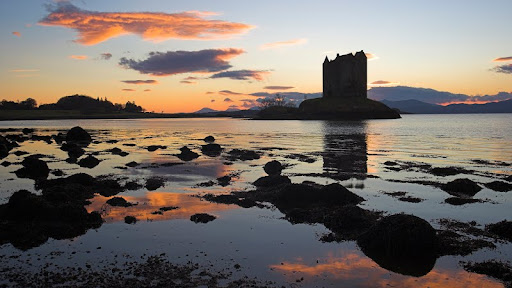 Castle Stalker at Sunset, Port Appin, Argyll, Scotland.jpg