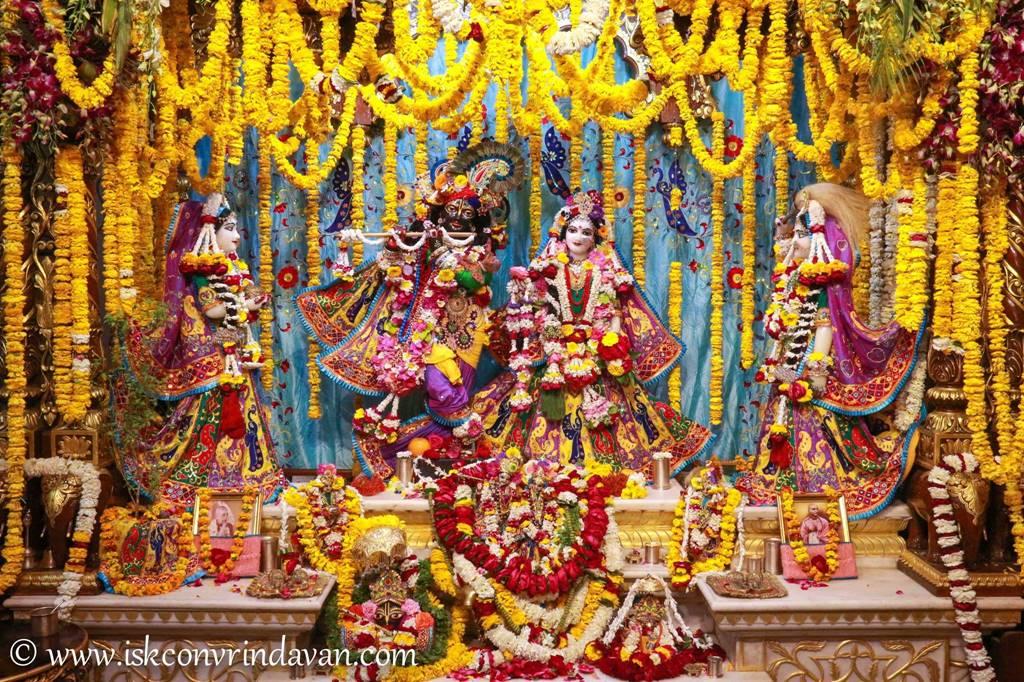 ISKCON Vrindavan Sringar Deity Darshan 28 Feb 2016 (18)