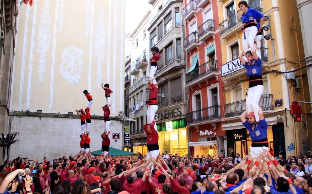 Aniversari Castellers de Lleida 16-04-11 - 20110416_158_2Pd4_CdL_XVI_Aniversari_de_CdL.jpg