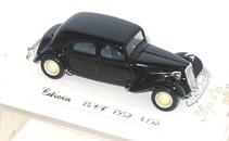 4102 Citroen 15 Six malle 1952