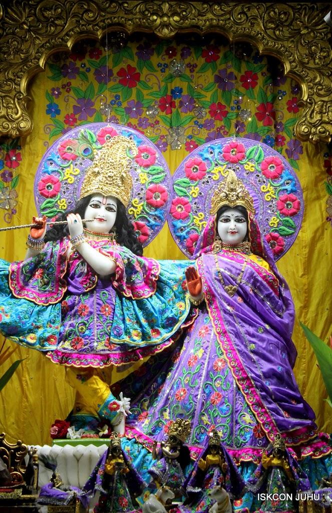ISKCON Juhu Mangal Deity Darshan on 10th July 2016 (20)
