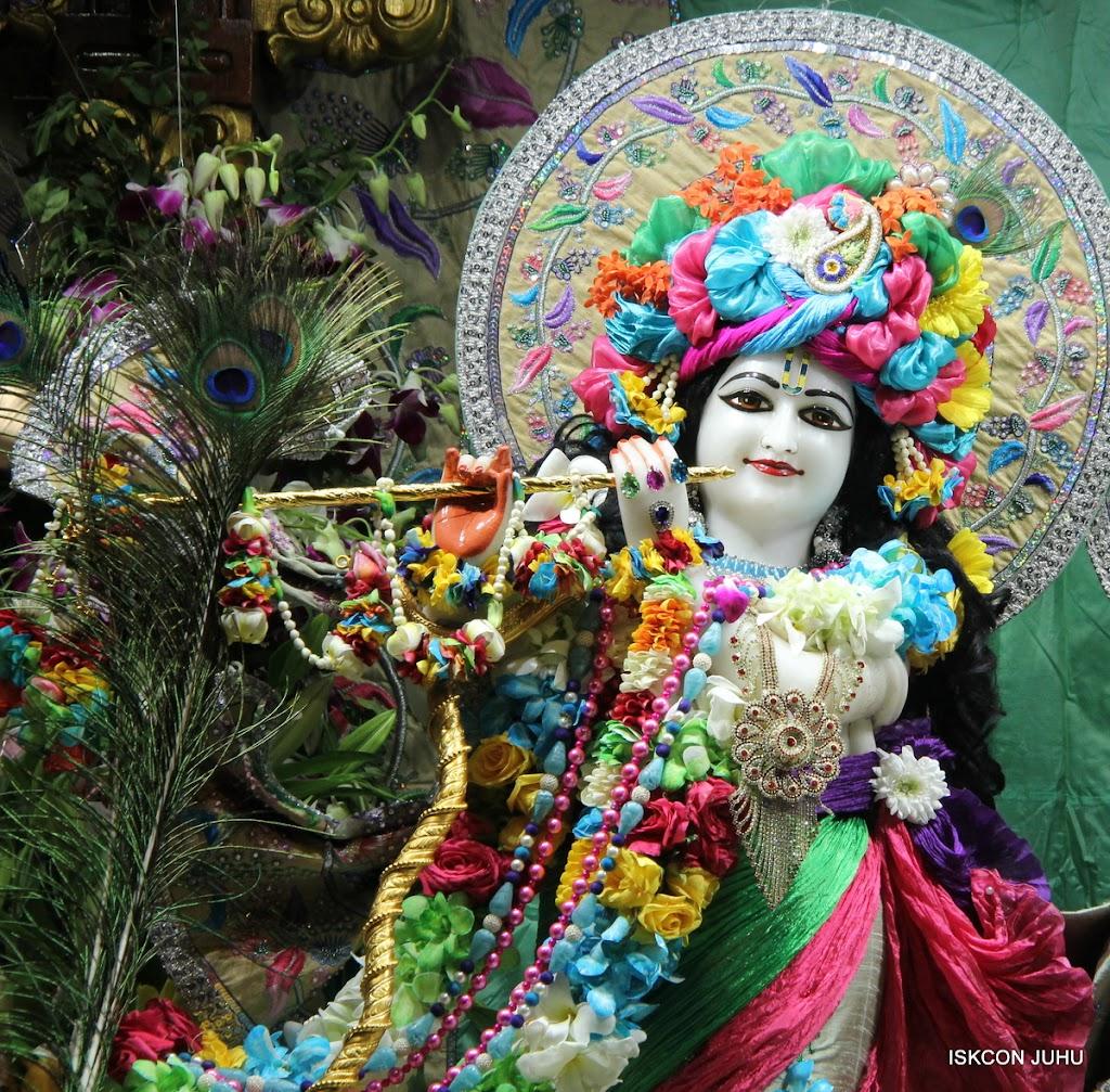 ISKCON Juhu Sringar Deity Darshan on 26th Aug 2016 (40)