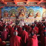 2015年11月18日尊貴的 蔣貢康楚仁波切帶領拉瓦噶舉德千林寺祖古、堪布、洛本及立佩多傑佛學院的學生進行解脫莊嚴寶論研討會第一天(2015年11月18日~23日)