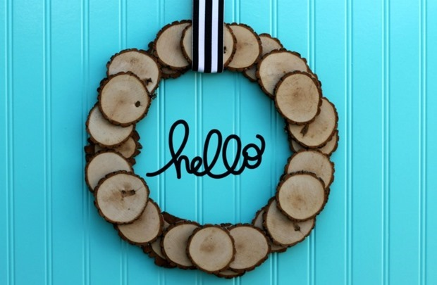 800 wood slice wreath