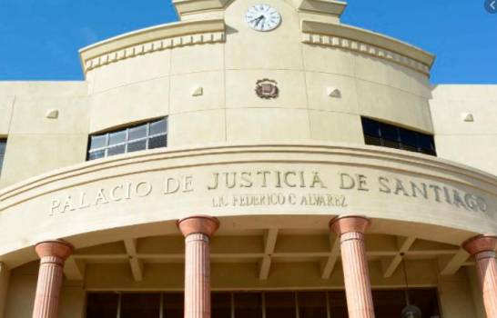 Incautan bebidas alcohólicas adulteradas en supermercado de Santiago Rodríguez