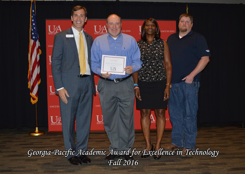 Fall 2016 Scholarship Ceremony - Georgia-Pacific%2BAcademic%2BAward%2Bfor%2BExcellence%2Bin%2BTechnology.jpg