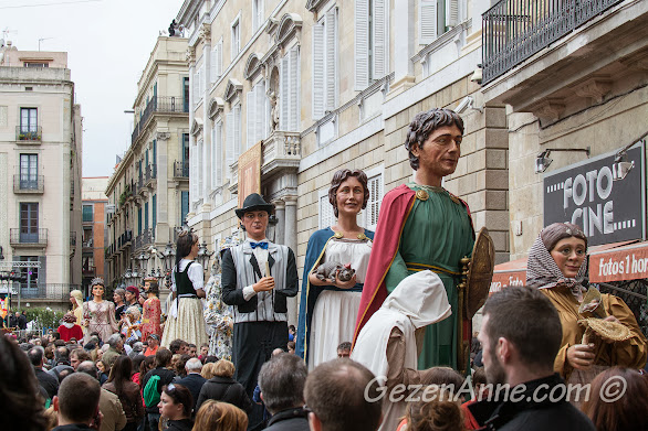 Santa Eulalia festivalindeki dev kuklalar, Barselona