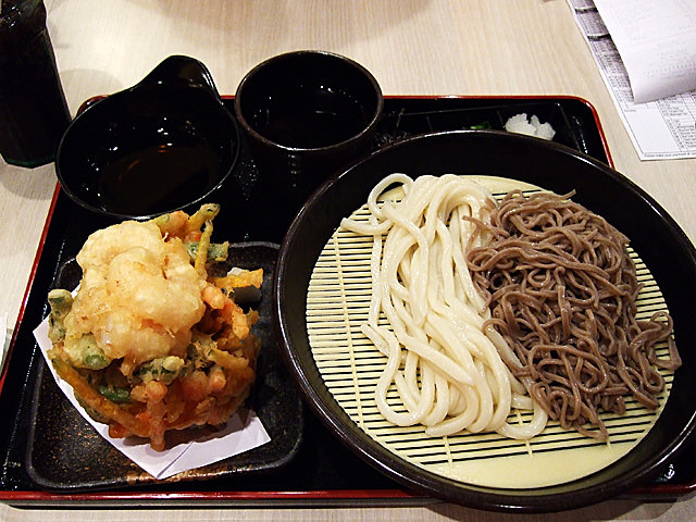 Cold udon and soba