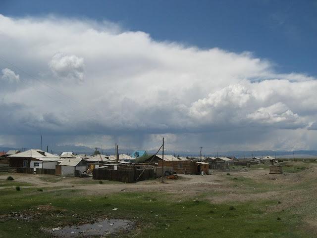 Kosh-Agach dans l'Altaï, non loin de la frontière de la Mongolie. Juillet 2009. Photo : Willem