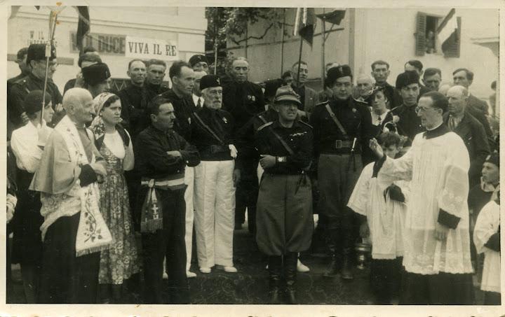 1936 - don briata, maria roggero (1914), giacomo cunietti frug (1891), traversa giovanni (1901), borelli, stefano peretta, giovanni cunietti lasarei, armando cunietti