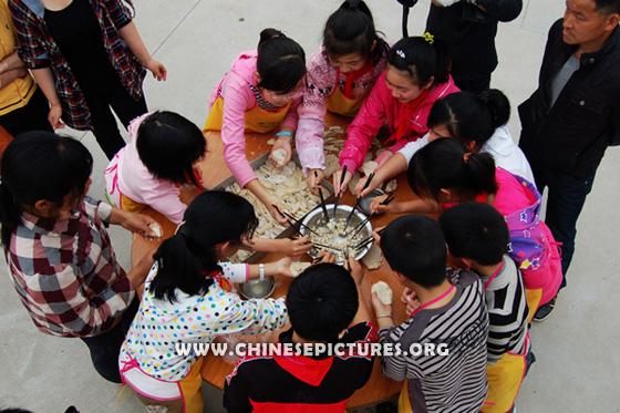 Chinese Kids and Dumplings Photo 4