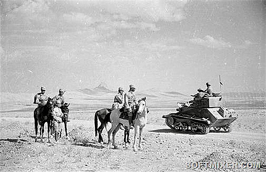 Soviet_and_British_troops_rendezvous_in_the_desert_near_Quazvin