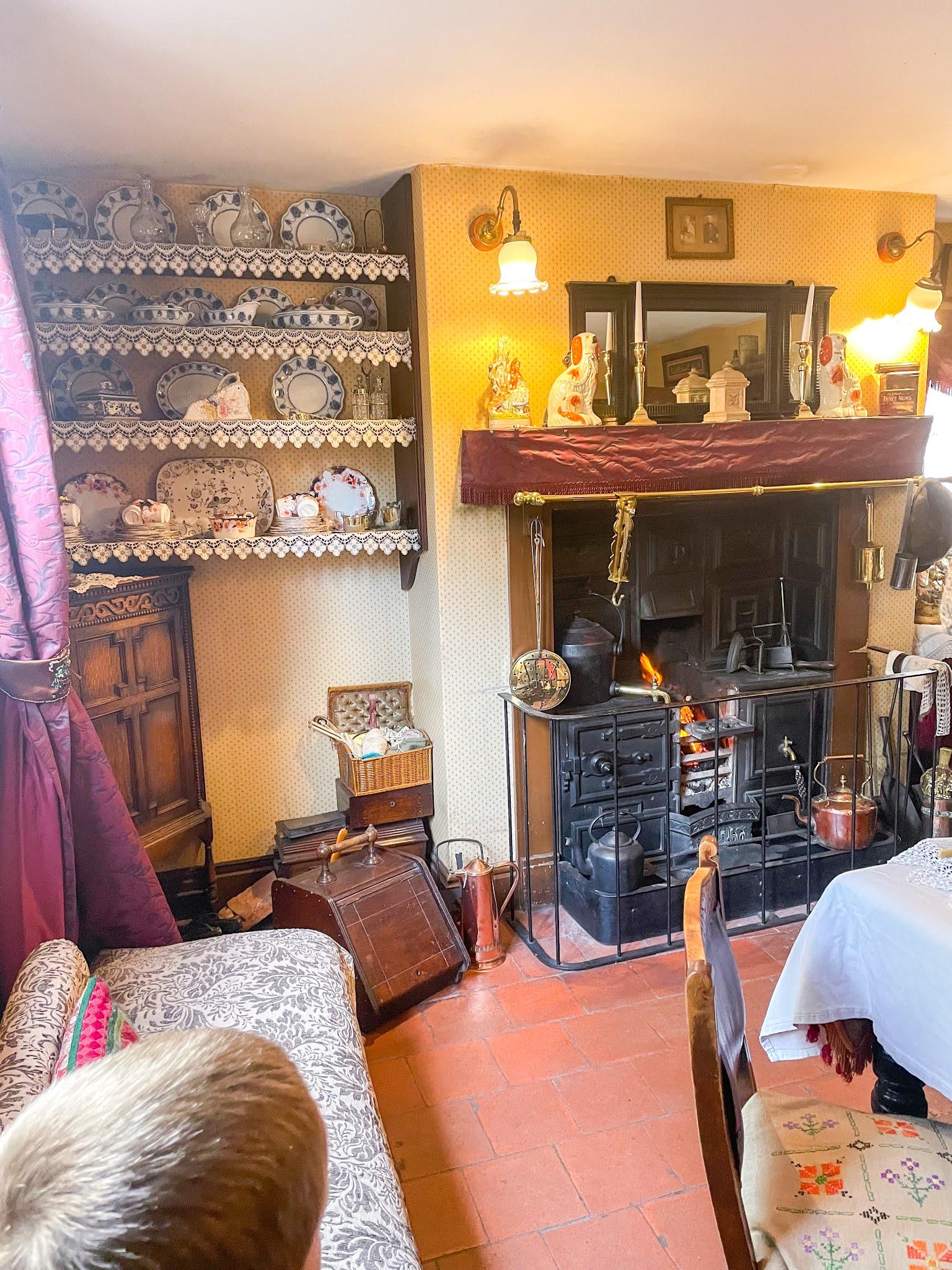 victorian town, ironbridge telford, blists hill,