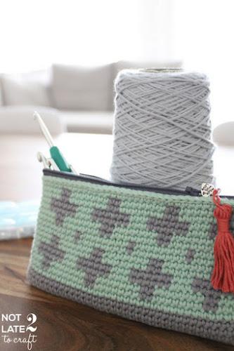 Not 2 late to craft: Estoig tapestry de ganxet patró gratuït / Tapestry crochet pouch free pattern / Estuche en tapestry crochet patrón gratis