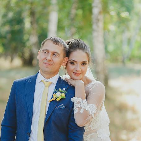 Wedding photographer Kseniya Shalkina (KSU90). Photo of 08.12.2017