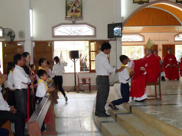 Hình ảnh ban phép thêm sức tại Giáo xứ Thanh Điền vào lúc 13g ngày 16.07.2015