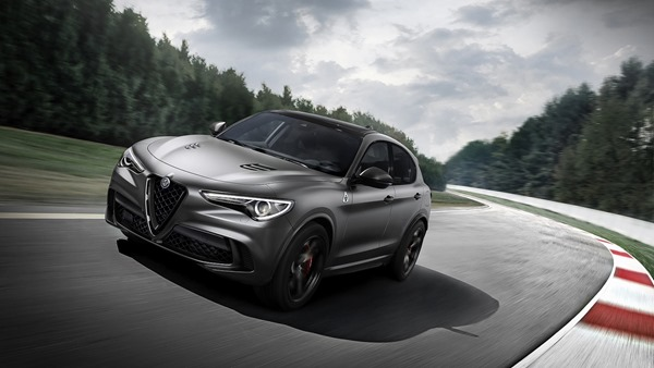 Alfa Romeo Nring_Stelvio