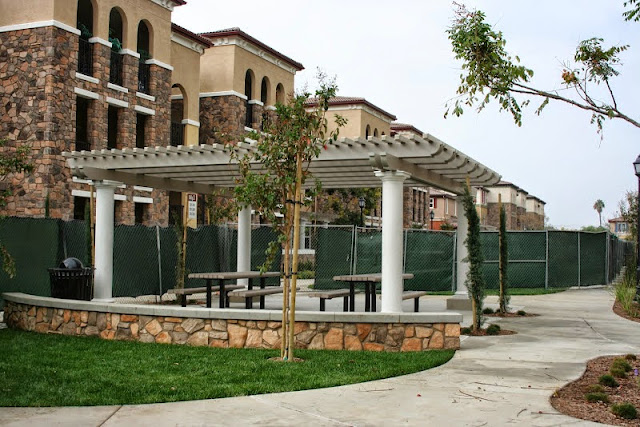 Commercial Awnings - Commercial%2BLattice%2B%25281%2529%255B1%255D.jpg