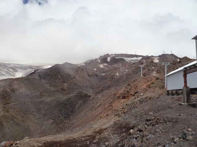 Télésiège sur l'Elbruz à 3400 m (Terskol, Kabardino-Balkarie), 13 août 2014. Photo : J. Marquet