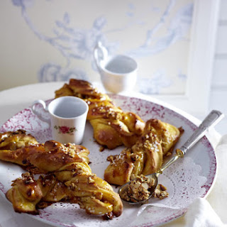 Saffron and Hazelnut Twists