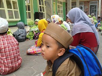 Farzan Esfandiar Masuk TK Quran
