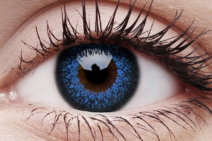 ATTRACTIVE COLORED LENSES TRENDS FOR AMAZING EYES 1