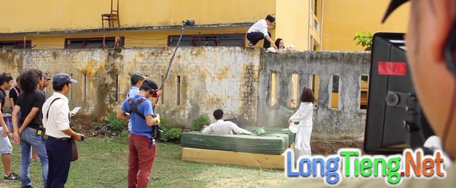 Miu Lê, Ngô Kiến Huy leo tường trốn học trong Cô gái đến từ hôm qua - Ảnh 7.