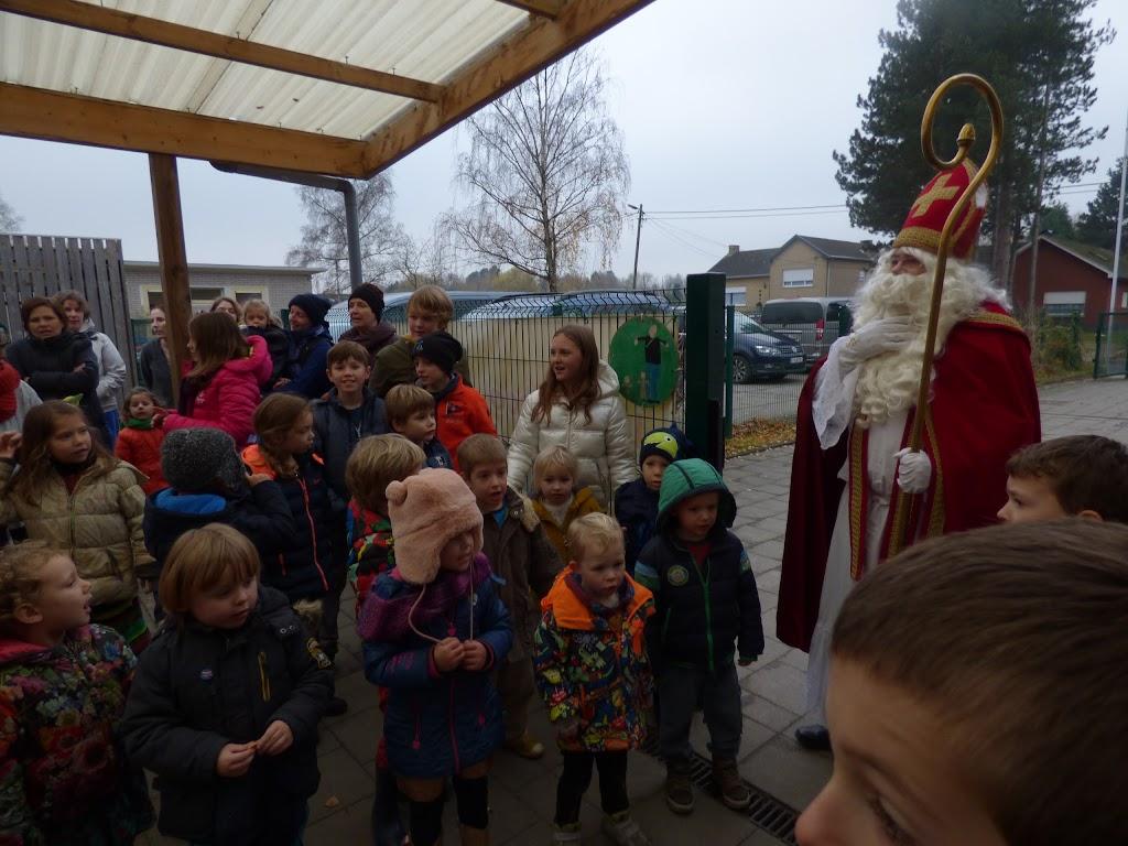 Sinterklaas op bezoek - P1060470.JPG