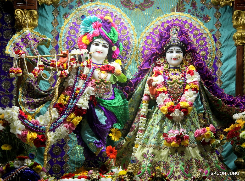 ISKCON Juhu Sringar Deity Darshan on 24th July 2016 (5)