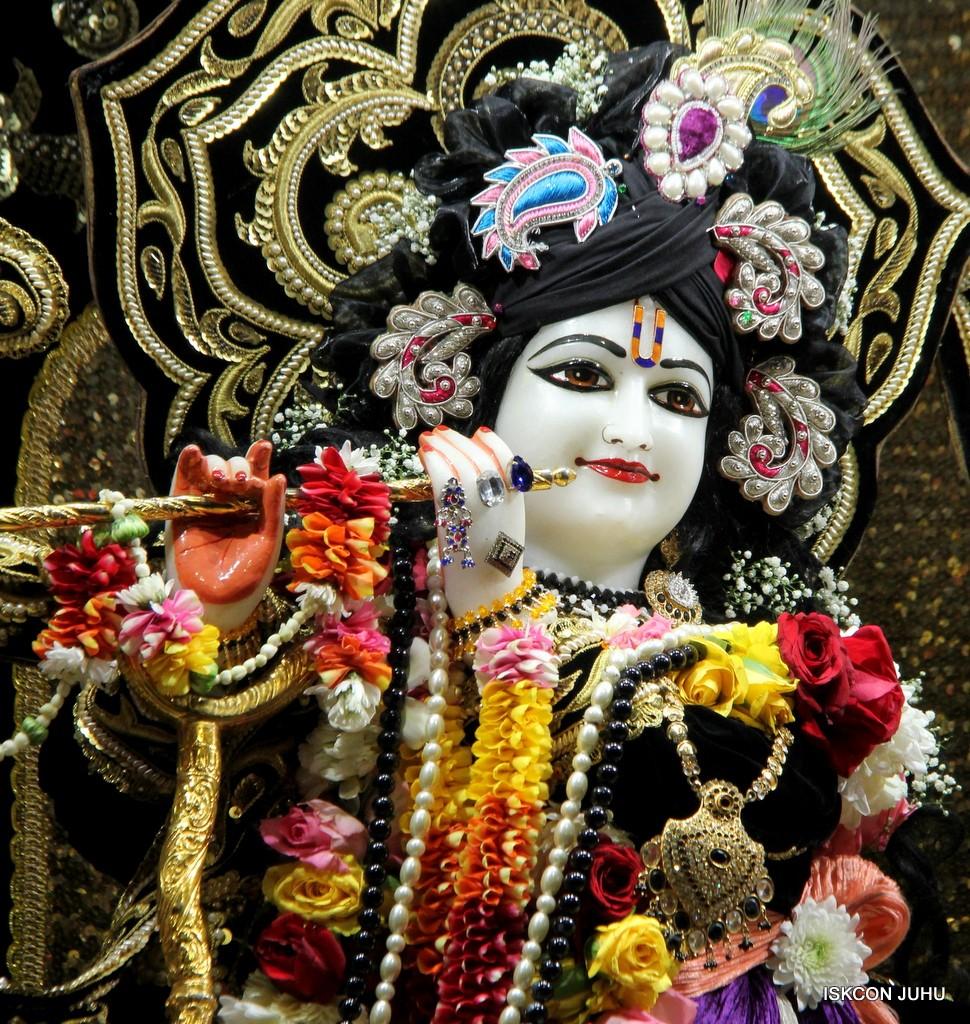 ISKCON Juhu Sringar Deity Darshan 7 Jan 2017  (17)